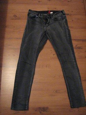 Jeanshose von H&M, Gr. 36