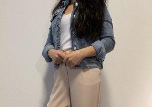 Jeansjacke eng anliegend Zara