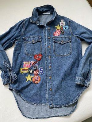 Jeansjacke mit coolen Patches