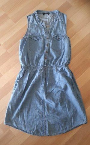 Jeanskleidchen