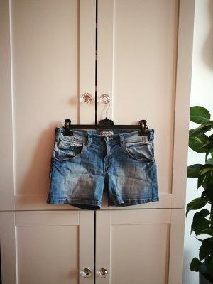 Jeansowe szorty chabrowy