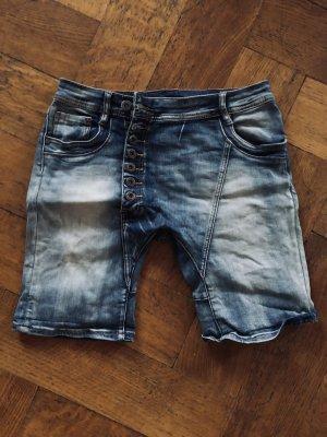 Jeansshort Gr.M, schräge Knopfleiste