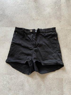Pull & Bear Pantalón corto de talle alto negro tejido mezclado