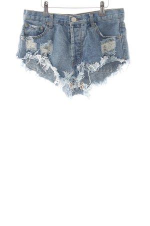 Jeansshorts hellblau-weiß Casual-Look