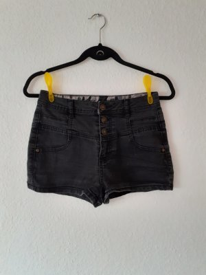 Jeansshorts in Größe 34 Shorts von C&A