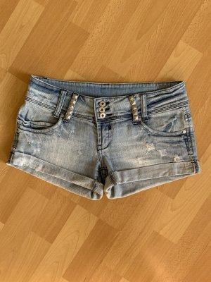 Jeansshorts mit Nieten von Tally Weijl