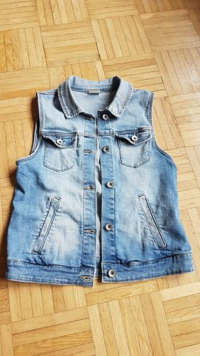 Jeansweste in blau von Zara Girls