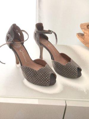 Jeffrey Campbell handmade in Ibiza peep toe Riemchen Sandalen mit glänzenden ni