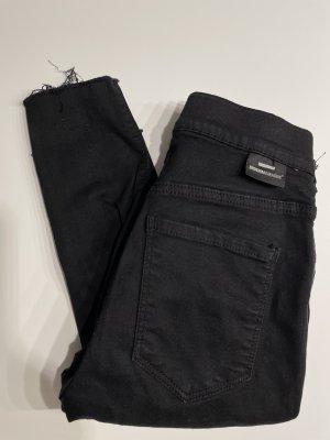 Dr. Denim Jeans a sigaretta nero