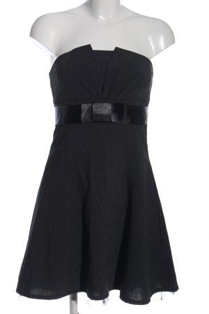 Jennifer Taylor Abendkleid schwarz Streifenmuster Elegant
