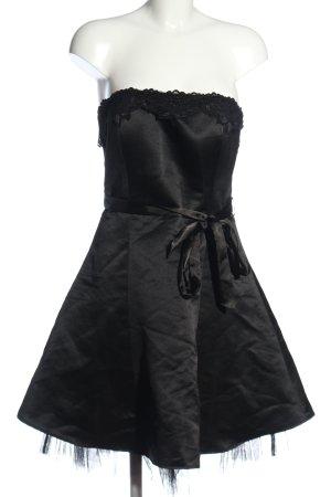 Jennifer Taylor schulterfreies Kleid schwarz Glanz-Optik