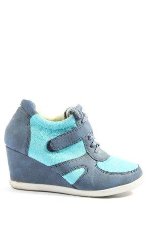 Jennika High Top Sneaker