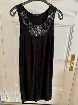 Jerseykleid mit Perlen- und Stoffapplikation