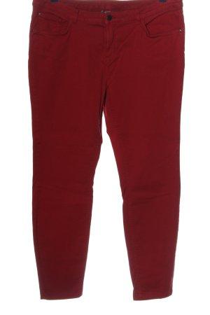 Jessica pantalón de cintura baja rojo look casual