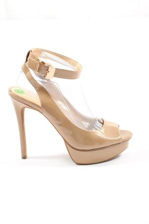 Jessica Simpson Hoge hakken sandalen nude casual uitstraling