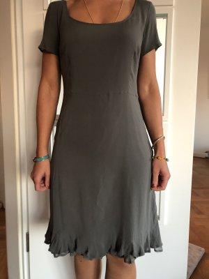 Jilsander-Seidenkleid in grau