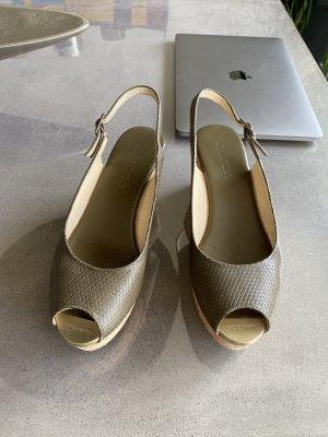 Jimmy Choo Zapatos de cuña caqui-beige