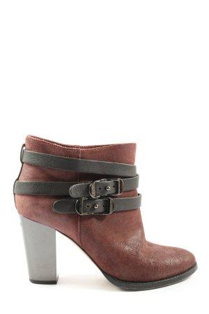 Jimmy Choo Slip-on Booties brown casual look