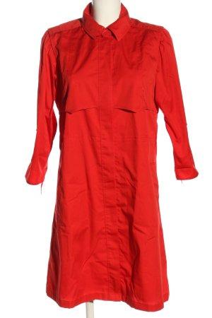 Jobis Between-Seasons-Coat red casual look