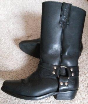 Joe sanchez Boots western noir
