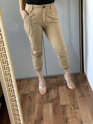 Bershka Cargo Pants beige-nude