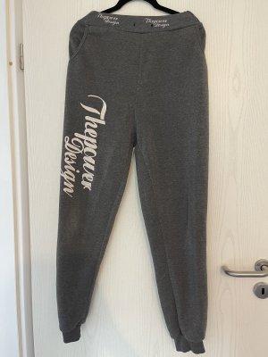 pantalonera gris