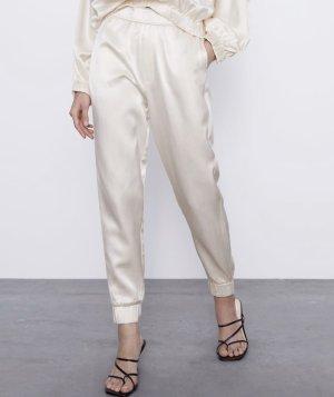 Zara Pantalón deportivo crema
