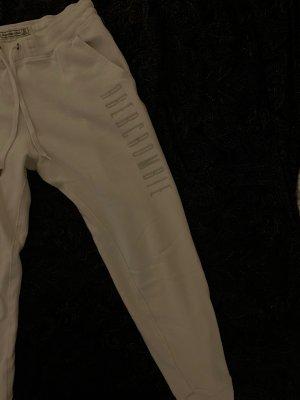 Abercrombie & Fitch Pantalone jersey crema