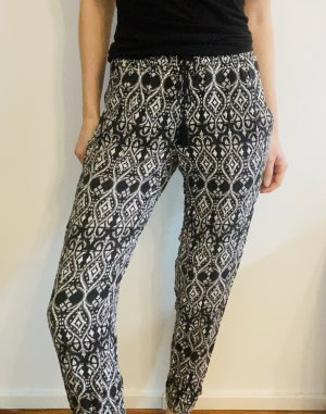 Tally Weijl Pantalon de jogging noir-blanc