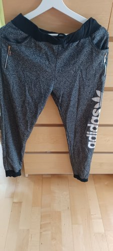 Adidas Trackies grey