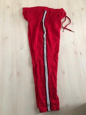Jogginghose rot mit Streifen seitlich