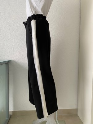 Jogginghose schwarz/weiß, weites Bein u. 7/8 lang von Margittes Gr.38