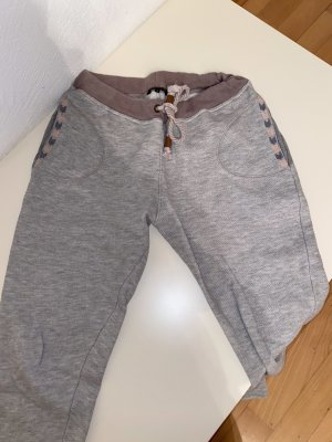 Review Trackies light grey-beige