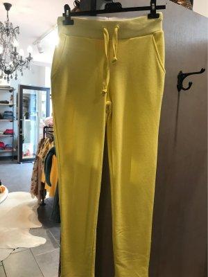 Emily van den Bergh Baggy Pants yellow