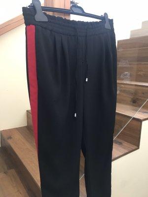 Jogpantshose schwarz-rot von Zara Basic