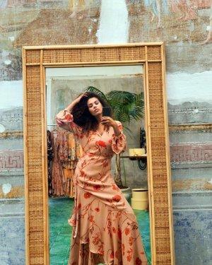 Johanna Ortiz Limited Edition Kleid beige rot lang Maxi Blumen Volant h&m langes Arm Blogger Designer