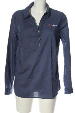 John Baner Blusa-camisa azul letras impresas look casual