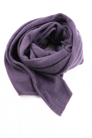 Johnstons Cashmere Scarf lilac casual look