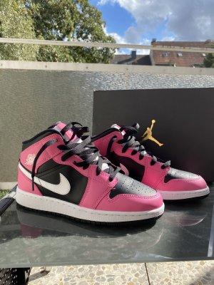 Air Jordan Basket à talon rose-noir
