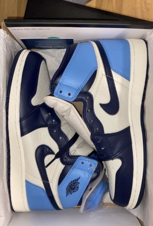 Jordan 1 Retro High Obsidian EU39