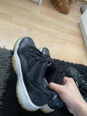 Air Jordan Lace-Up Sneaker black-white