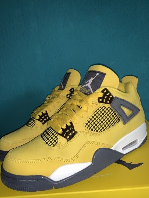 Jordan Chaussure skate jaune cuir