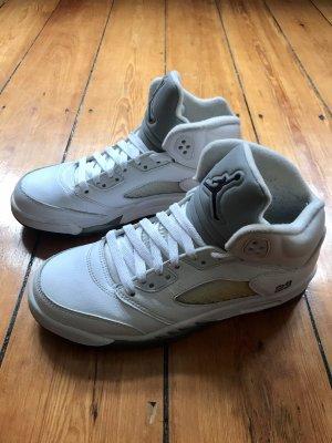 Air Jordan Basket montante blanc-gris clair