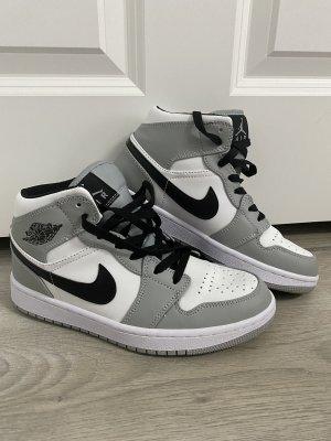 Jordan air 1 space grey
