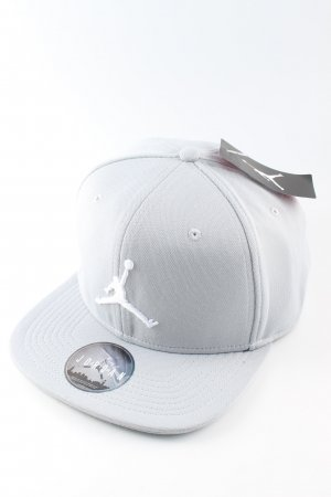 Jordan Gorra de béisbol gris claro look casual