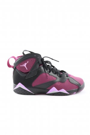 Jordan High Top Sneaker pink-black athletic style