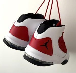 Air Jordan Sneaker stringata nero-rosso scuro