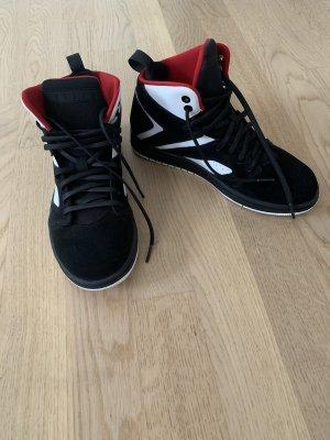 Jordans in der Größe 40
