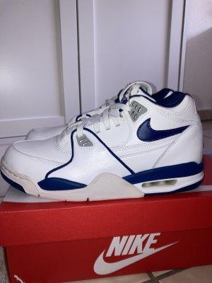 Jordans Retro