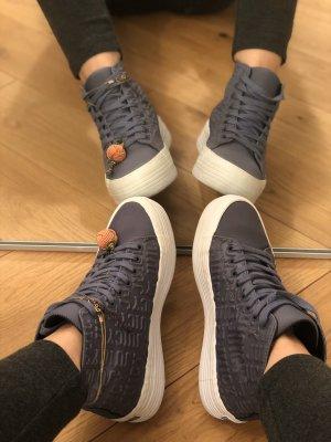 Jucy Couture Sneaker mit Prägung